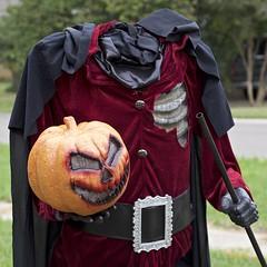 head in his hand (Pejasar) Tags: headlesshorseman halloween holiday character jack pumpkinhead redvelvet costume