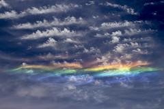 Nubes Iridiscentes (Ariel Alejandro Trepin) Tags: nubes clouds iridiscentes meteorologia sampacho cordoba argentina ariel astrofotografia trepin t5i canon tamron 17 55 cirrus cumulos stratos refraccion iridescent meteorology refraction