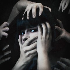 Who am I? (bikutori) Tags: canon canon500d 500d canon50mm 50mm 18 2016 f18 me selfie selfportrait self girl hand hands scary horrible dark blackhair black anxiety