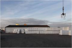Niehler Hafen looking North (LichtEinfall) Tags: img0276nhfinf raperre köln niehlerhafen kran lagerhalle lager halle