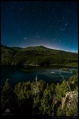 Estrellas sobre lago Los Moscos