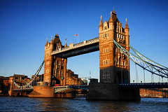 Day #3173 (cazphoto.co.uk) Tags: project366 beyond2922 070916 panasonic lumix dmcgx7 panasonic20mmf17lumixgiiasph towerbridge london architecture evening riverthames water bridge towergardens