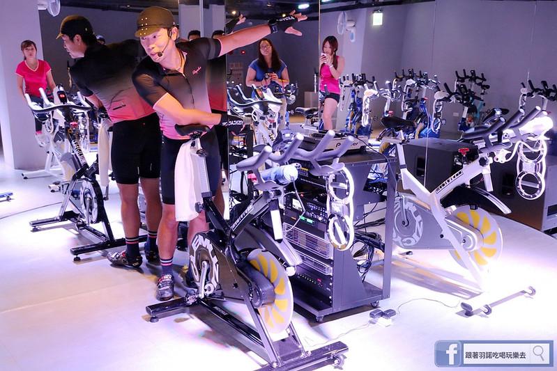 台北松山南京復興站健身房  MUZICYCLE 飛輪拳擊課程093