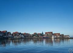 Volendam (PaaulDvD) Tags: netherlands holland pays bas marken volendam waterland water sun sky colors typical fog light outside