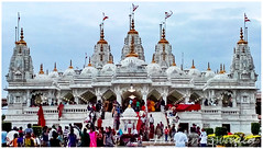 Swaminarayan Temple (Jwalant Swadia) Tags: india religious temple god religion swami gujarat kutch bhuj swaminarayantemple bhujkutch swaminayan