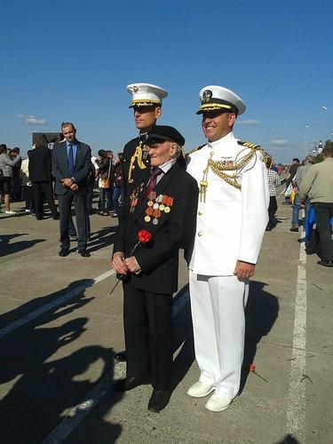 Военно-морские атташе с российским ветераном ©  Генконсульство США в СПб