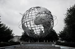 Unisphere, Queens, New York (Vincent Lammin) Tags: world park nyc newyorkcity blackandwhite usa newyork us globe cloudy flushingmeadows queens unisphere eastcoast 1964worldsfair coronapark tatsunis
