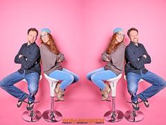 DREAMTEAM (mc_the_snapshot) Tags: pink nikon background hamburg hintergrund selfie dreamteam blitzlicht selbstauslser hohenfelde studioaufnahme nikond800e flipflopsimwinter spassimstudio fotoateliermaikcarstensen