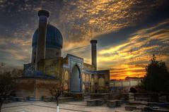 Mausoleo de Gur-e Amir, Samarkanda (bit ramone) Tags: sunset atardecer pentax uzbekistan samarkand hdr ulughbeg bitramone tamerlán pentaxk5 samakanda sayyidbaraka