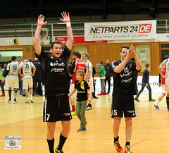SV Henstedt-U. vs TUS Ferndorf (16) (Enjoy my pixel.... :-)) Tags: sport canon eos goal action tor handball jubel sieg freude 2015 henstedt