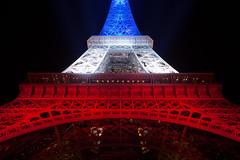 _MG_7749 (Laurent Garric) Tags: blue red white paris france tower french rouge novembre tour flag eiffel bleu hommage 13 blanc franais drapeau tricolore 2015 attentats