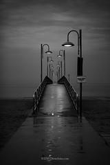 Pontile (`Olivier Jules`) Tags: pontile vasto marina abruzzo italia italy dark night star wars lamp lampione