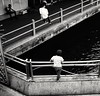 2016-10-15_10-20-44 (lufe_r) Tags: street strretlife istanbul eminonu blackandwhite blackwhite bridge galata kids