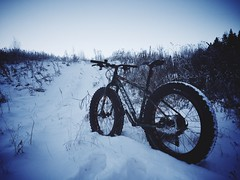 Snow Fatbiking 2 (pjen) Tags: forest nature bicycle fatbike biking finland tires 48 inch snow boreal nordic mtb winter trail bicycling outdoor bike frost