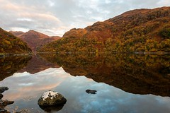 Loch Hourn Autumnal Reflections (emperor1959 www.derekbeattieimages.com) Tags: scotlandinautumn lochhourn kinlochhourn knoydart autumn scotland reflections mountains invergarry sunrise loch trees