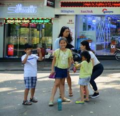 Million Dollar Smile (Neil Noland) Tags: vietnam hanoi oldquarter