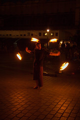 IMG_7566 (januszwilczek) Tags: noc kraków cracov rynek market taniec dance street city streettheatre theatre performance performers artist art festival ulicznyteatr