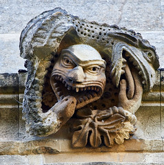Biting (pierre_et_nelly) Tags: chimera grotesque quimera neidkopf chimre sculpture oxford magdalencollege magdalenuniversity magdalen
