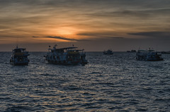 Boats at Sunset (Hattifnattar) Tags: ships boats sunset pier thailand kohtao maehaad pentax fa43mm limited