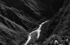 Ideas (En la boca de los muertos) Tags: blancoynegro peru rio cusco selva machupicchu aguascalientes cima