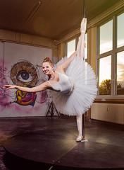 Withe Swan Ballett (Tobi W I Fotografie) Tags: black swan model withe tanz shooting poledance balett