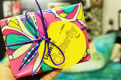 (Willey 3K) Tags: pink color yellow gift lush