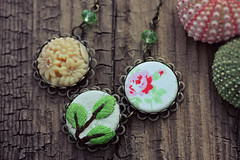 Fabric Necklace (The Creaking Door) Tags: necklace spring etsy whimsical cathkidston handmadejewelry handmadejewellery etsyshop giftsforhim giftsforher springnecklace whimsicaljewelry fabricnecklace cabochonnecklace thecreakingdoor imaginativejewelry