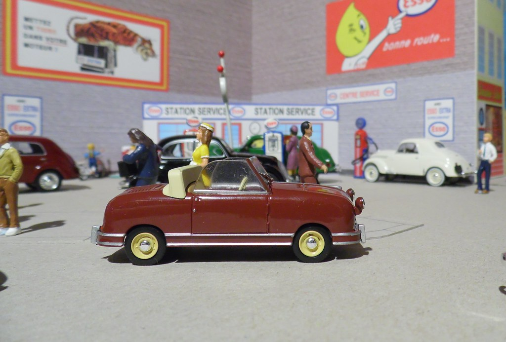The world 39 s best photos of 143 and universalhobbies for Garage ford paris 13