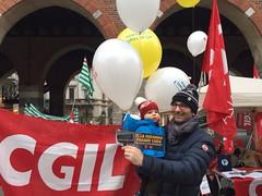 IMG_5678 (CGIL Monza e Brianza) Tags: presidio ai tagli contro 41215 patronati