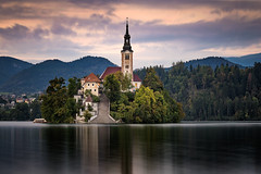 Lake Bled (Zimeoni) Tags: lake bled slovenia long exposure landscape church island water mountains travel