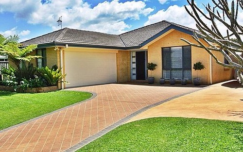 4 Fidden Place, Tea Gardens NSW 2324