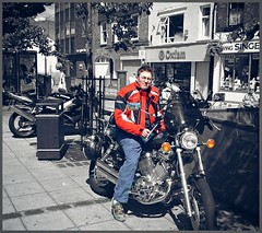 Me on the Virago (larry_shone) Tags: motorcyclesopentoall motorbike yamaha virago vtwin urban selectivecolour
