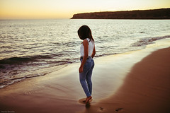 S a m a h (Nacho Borrella) Tags: beautiful beauty beach malaga dusk sunset canon sigma sigma1750 bokeh playa tarifa film filmlook girl brunette naturallight lightroom lifestyle