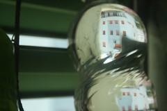 Pallazzo da bere (LetsLetsLets) Tags: ticino svizzera sua outubro 2016 bellinzona upsidedown cityinabubble waterbottle garrafadegua plstico bolha depernasparaoar aocontrrio