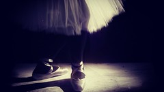 On stage (Decouvrir Paris) Tags: laurnesommacal ballerina pointe ballet balletlovers
