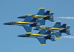 Blue Angels Diamond Pass (corkspotter / Paul Daly) Tags: add tags beta blue angels 1 2 fa18 ellington kefd efd wings over houston 2016 angel 5 6 diamond