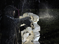 Ice Sculpting (fawlty128) Tags: ice icesculpting artist chainsaw