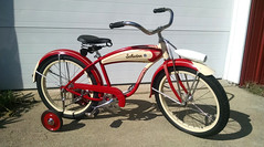 "5744 (BarneyGoogle99) Tags: red 1948 bicycle stand tank balloon ivory tire chrome spitfire brake pedals handlebar horn schwinn coaster juvenile rods 1949 saddle dx truss grips bendix troxel 20"" mesinger"