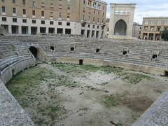 Italy - Apulia - Lecce - Roman Amphitheatre (JulesFoto) Tags: italy puglia lecce romanamphitheatre apulia anfiteatroromano