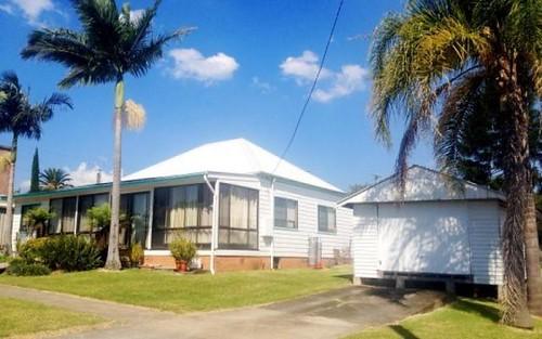 8 Memorial Avenue, Stroud NSW