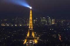 NH0A1530s (michael.soukup) Tags: paris skyline night eiffeltower toureiffel sunset dusk cityscape citylights france montparnasse ladefense
