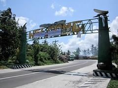 PHOTOBOMBERS (PINOY PHOTOGRAPHER) Tags: sorsogon city bicol bicolandia welcome arch streamer luzon philippines asia world