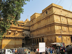 "Fort de Jaisalmer <a style=""margin-left:10px; font-size:0.8em;"" href=""http://www.flickr.com/photos/127723101@N04/22377397762/"" target=""_blank"">@flickr</a>"