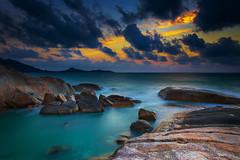 IMG_2361 (egor.gribanov) Tags: sea sky sunrise canon thailand rocks samui 2014 150wattru