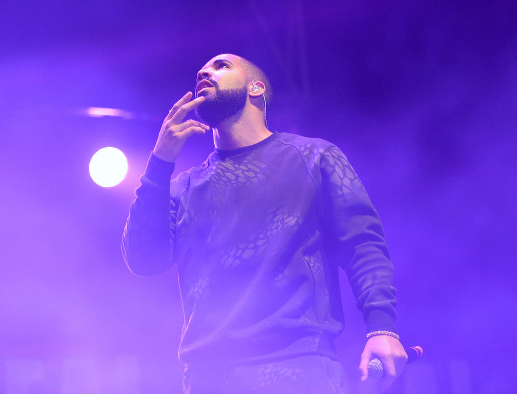 """drake concert world music paper 2 Free drake concert in nyc canceled after crowd gets unruly  concert featuring hip-hop artist drake  concert was part of the """"sounds like paper."""