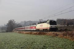 Tren de Navidad (Trenesmania) Tags: barcelona train tren trenes navidad siemens railway vic catalunya r3 rodalies ferrocarril renfe talgo 252 puigcerd ripoll operadora manlleu talgoiiird 252075 barcelonaestacidefrana trenhistrico
