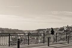 59 Escenas urbanas (Oporto) (pbernalmac) Tags: oporto porto ro river vista sight puente bridge donluisi arquitectura estructura architecture structure