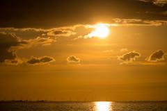 Sea at Sunset (Infomastern) Tags: malm vstrahamnen goodnightsun hav sea solnedgng sunset