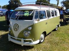 Volkswagen Bus (bballchico) Tags: vw volkswagen bus billetproof billetproofantioch carshow