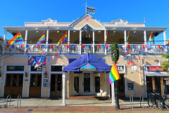 Key West (Florida) Trip 2016 1711Ri 4x6 (edgarandron - Busy!) Tags: florida keys floridakeys keywest duvalstreet building buildings